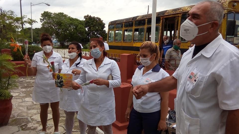 Enfermeros cabaiguanenses de vuelta a casa