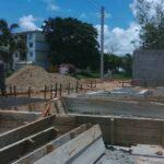 construccion de viviendas en el sur del jibaro foto pepe camellon