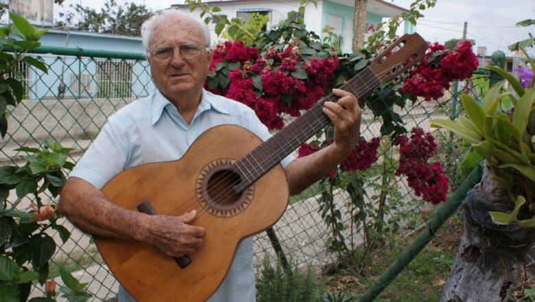 Cabaiguán recuerda a Arturo Alonso en el 99 aniversario de su natalicio
