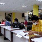 delegados al congreso del partido estudian documentos rectores foto mailenys oliva ferrales