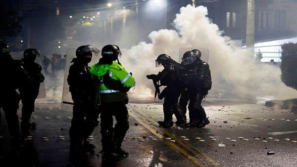 Crece repudio internacional a cruenta represión policial del gobierno de Duque en Colombia
