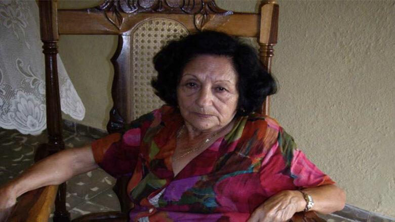 Evidia Álvarez González: 1ra enfermera  cubana en ser condecorada con la Medalla Florence Nightingale